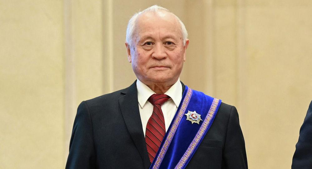 Легендарлуу парламенттин депутаты, белгилүү коомдук ишмер, саяпкер Кемел Ашыралиев
