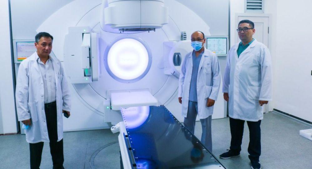 В Национальном центре онкологии и гематологии прошла церемония запуска линейных ускорителей