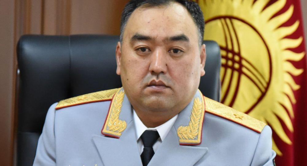 Министр внутренних дел Улан Ниязбеков на рабочем месте. Архивное фото