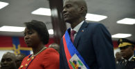 Гаитинин президенти Жовенель Моиз жубайы Мартин Моиз менен. Архивдик сүрөт