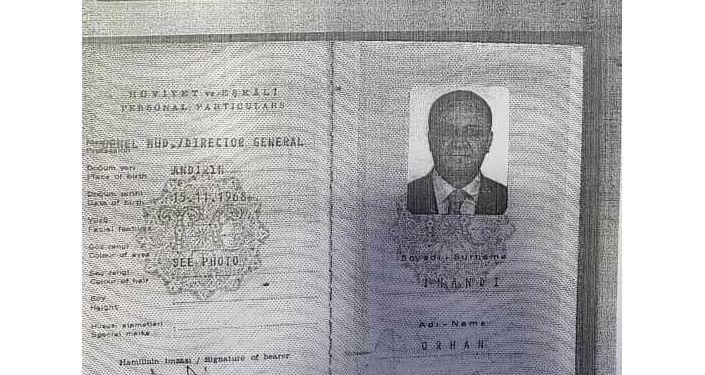 Копии турецкого паспорта основателя сети образовательных учреждений Сапат Орхана Инанды.
