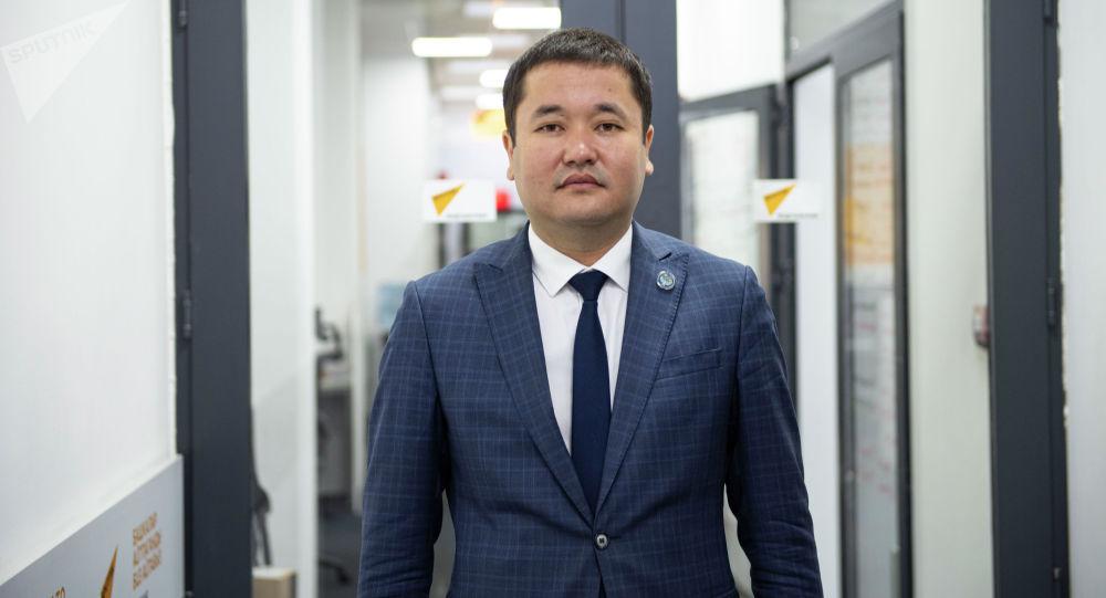 Экономика жана финансы министрлигине караштуу Туризм департаментинин директору Самат Шатманов