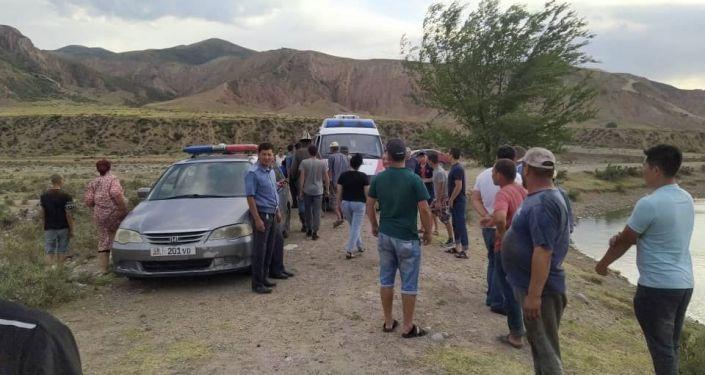 В Ысык-Атинском районе в пруду села Эпкин утонули две девушки