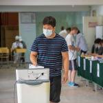 В столичный горкенеш баллотируются 18 партий, в Ошский — 8 и в Токмокский — 6
