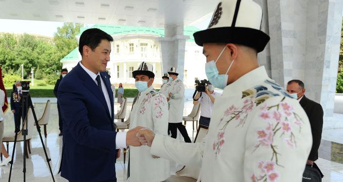 Глава кабинета министров Кыргызской Республики Улукбек Марипов в государственной резиденции Ала-Арча принял команду Олимпийской сборной Кыргызской Республики.