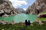 Высокогорное озеро Кель-Суу в долине Ак-Сай