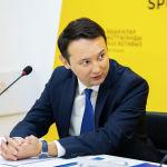 Исполнительный директор Международного делового совета Аскар Сыдыков на брифинге в пресс-центре Sputnik Кыргызстан