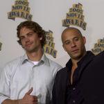 Вин Дизель — это псевдоним, настоящее имя звезды Голливуда— Марк Синклер.  На фото: Пол Уокер (слева) и Вин Дизель на церемонии вручения премии MTV Movie Awards в Лос-Анджелесе. 1 июня 2002 года.
