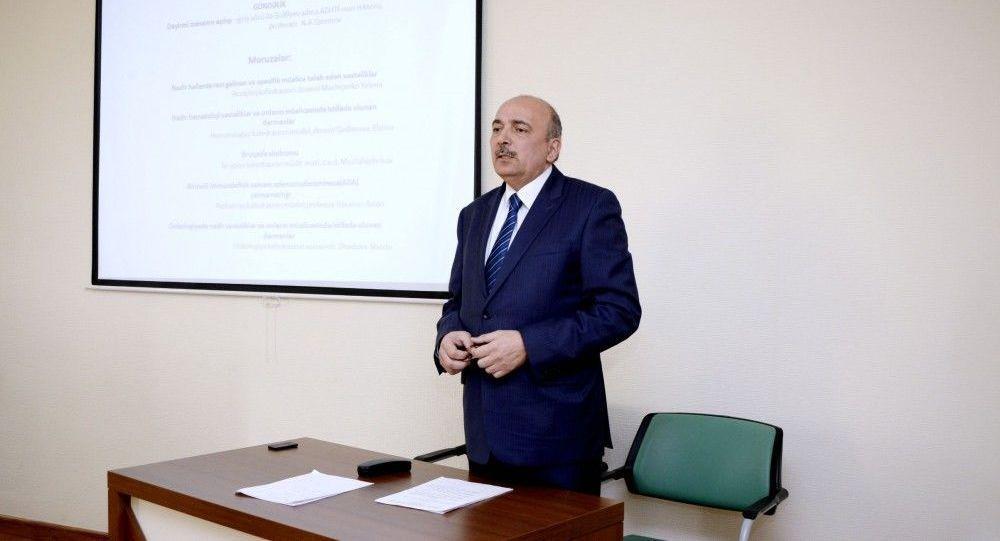 Главный инфекционист Минздрава Азербайджана Тайяр Эйвазов