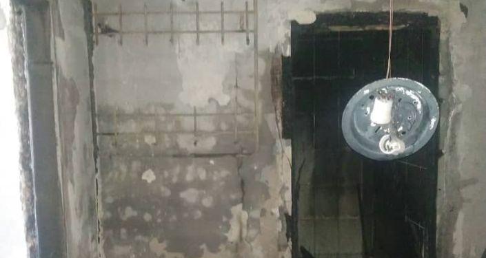 Сгоревшая квартира на 12-м этаже в доме по улице Грибоедова. 19 июля 2021 года