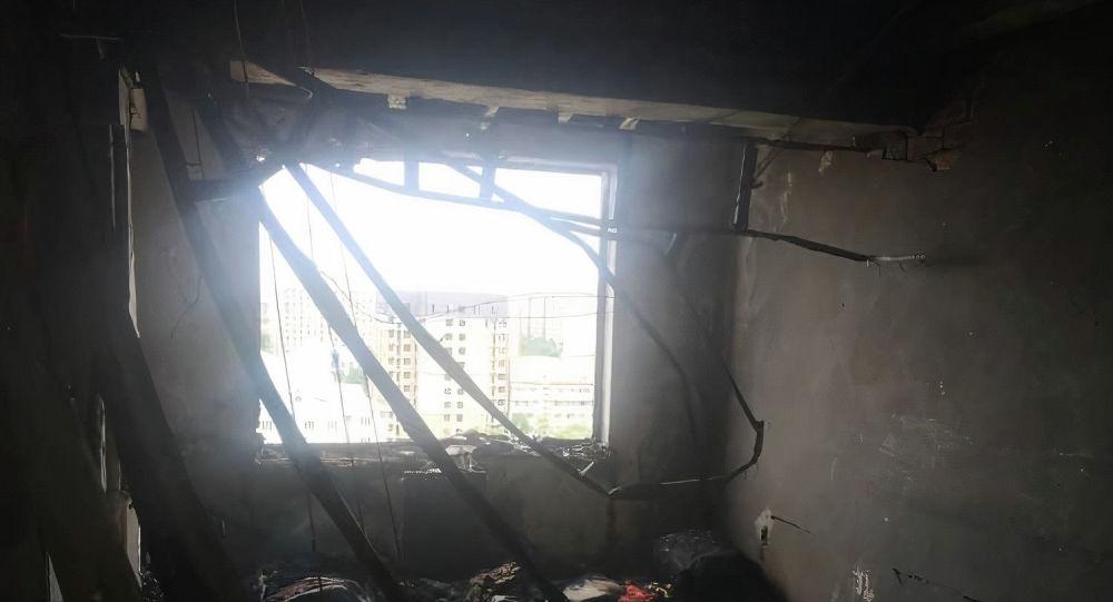 Сгоревшая квартира на 12-м этаже в доме по улице Грибоедова