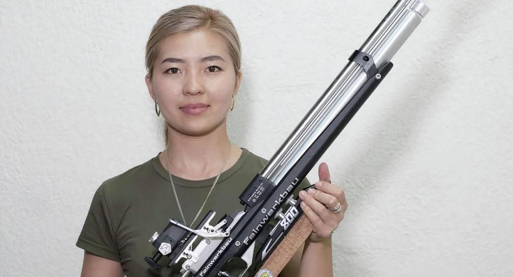 Член национальной сборной команды КР по пулевой стрельбе Каныкей Кубанычбекова. Архивное фото