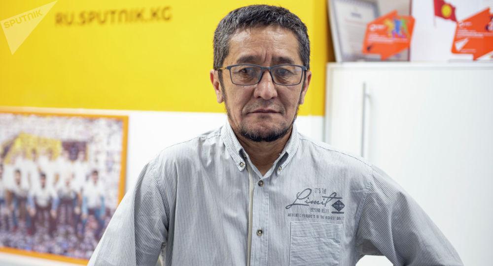 Белгилүү кинорежиссер, сценарист, улуттук Кыргызфильм киностудиясынын башкы редактору Темир Бирназаров