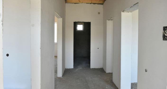 Один из домов который строится для семей, в которых есть погибшие в результате конфликта на кыргызско-таджикской границе