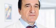 Заслуженный врач России Юрий Серебрянский