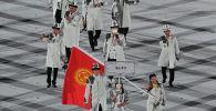 Делегация Кыргызстана во время церемонии открытия Олимпийских игр в Токио-2020. 23 июля 2021 года