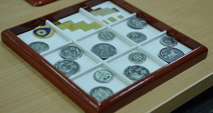Ювелирные изделия изготовленные в предприятии Кыргызалтын Ювелирпром