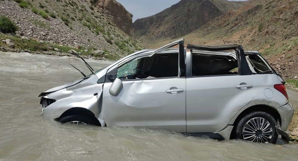 Упавший в реку автомобиль в Ошской области