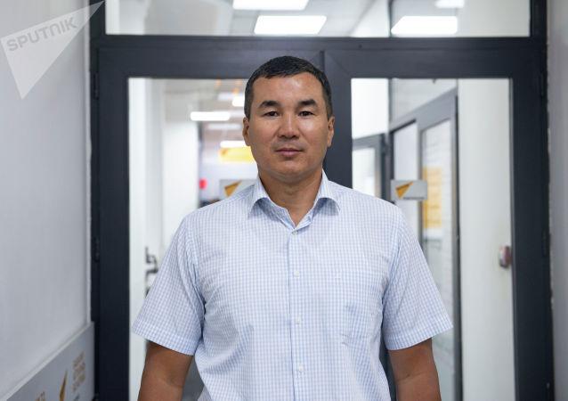 Член ЦИК Узарбек Жылкыбаев. Архивное фото