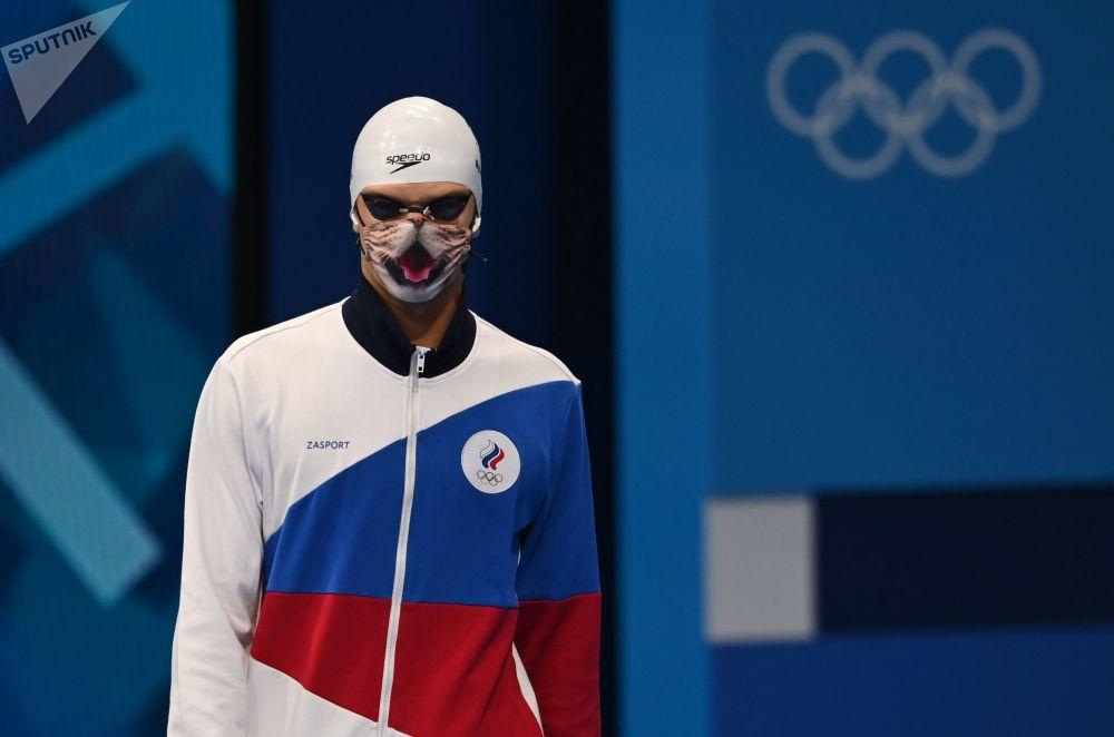 Необычная защитная маска в виде кошачьей морды российского пловца Евгения Рылова
