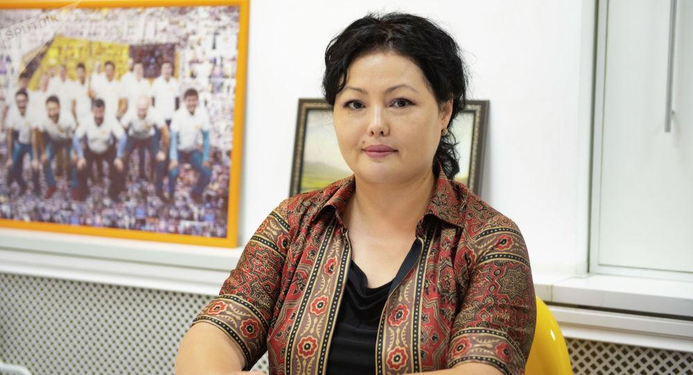Журналист, КРдин маданиятына эмгек сиңирген ишмер Назира Аалы кызы