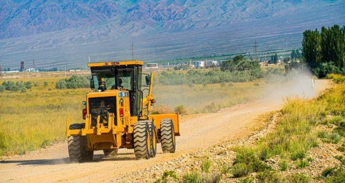 Ход реконструкции дороги Балыкчы — Барскоон в Иссык-Кульской области