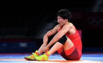 Кыргызстанка Айсулуу Тыныбекова после проигрыша на финальной схватке по вольной борьбе в 62 кг Олимпийских игр в Токио. 4 августа 2021 года