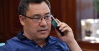 Мамлекет башчы Садыр Жапаров телефон аркылуу Айсулуу Тыныбекованы куттуктады