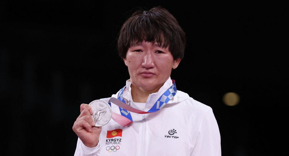Серебряный призер Олимпийских игр в Токио-2020 Айсулуу Тыныбекова