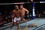 Абсолюттук мушкерлер уюму (UFC) кыргызстандык Рафаэль Физиев катышкан Хьюстондогу UFC 265 турниринин кызыктуу учурларын чыгарды.