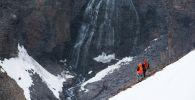Тоодогу альпинисттер. Архив