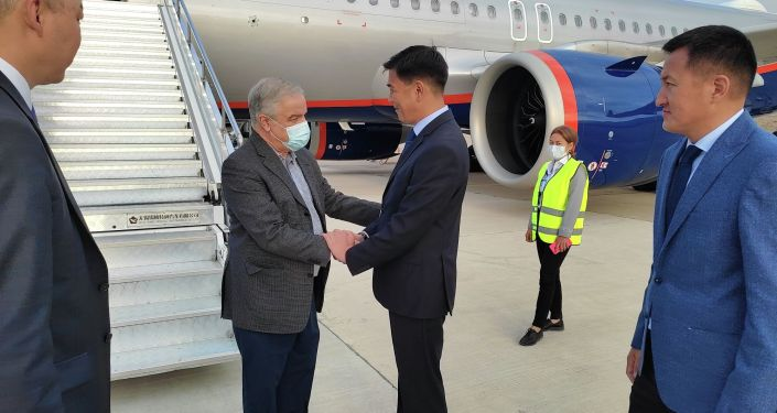 В Кыргызскую Республику для участия в очередном заседании Евразийского межправительственного совета прибыл посол Кубы в России Хулио Антонио Гармендия Пенья