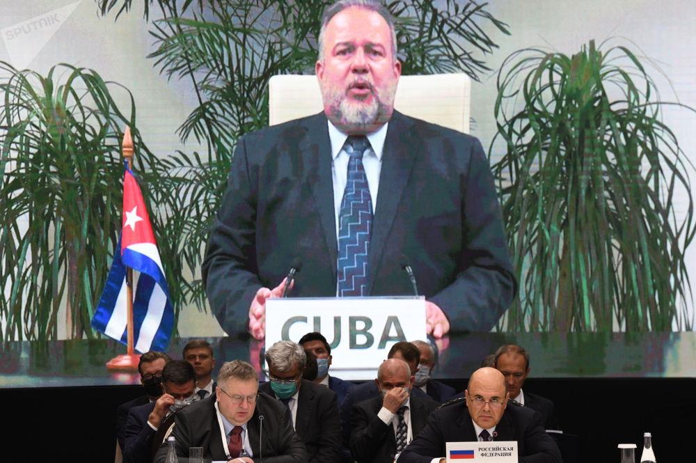 Кубанын премьер-министри Мануэль Маррэро Крус видеоконференциялык байланыш аркылуу кошулду
