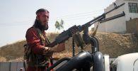 Талибан* согушкери. Архивдик сүрөт
