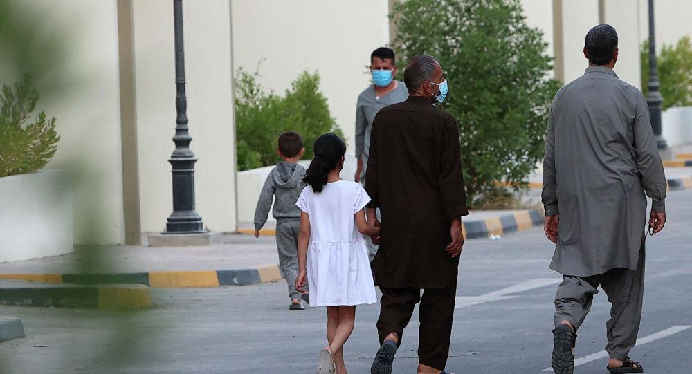 Афганистан качкындары Доханын борборунда (Катар)