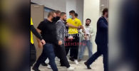 На Хабиба Нурмагомедова попытались напасть в Нижнем Новгороде — видео