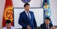 Новоизбранный мэр Бишкека Айбек Джунушалиев на сессии городского кенеша