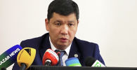 По словам Айбека Джунушалиева, он не планирует вести бизнес в Бишкеке. Тем не менее, новый мэр рассчитывает на дружбу с депутатами горкенеша, часть из которых — крупные бизнесмены.