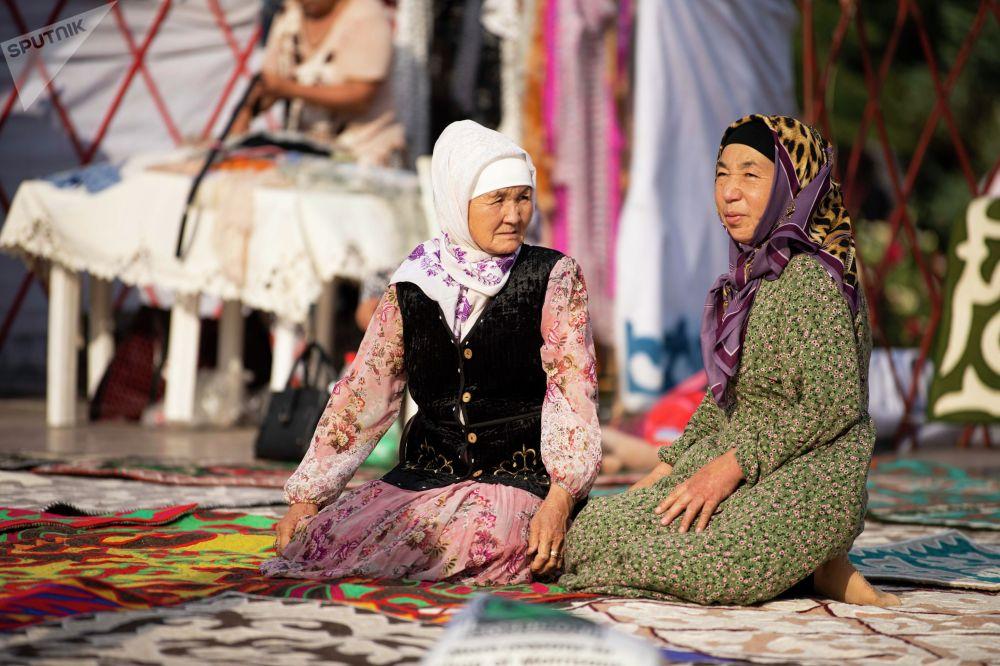 Оймо привлекает внимание не только кыргызстанцев, но и туристов