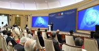 Кыргызстандын президенти Садыр Жапаров Көз карандысыздыктын 30 жылдыгына карата элчилер, эл аралык уюмдардын жетекчилери менен жолугушуу учурунда