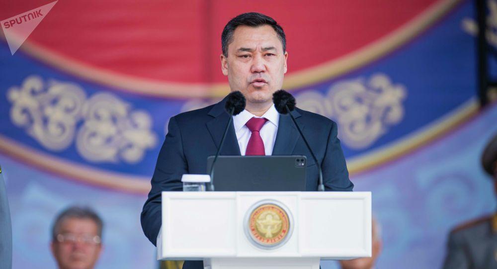 Президент Садыр Жапаров выступает на площади Ала-Тоо по случаю празднования 30-летия независимости Кыргызстана.