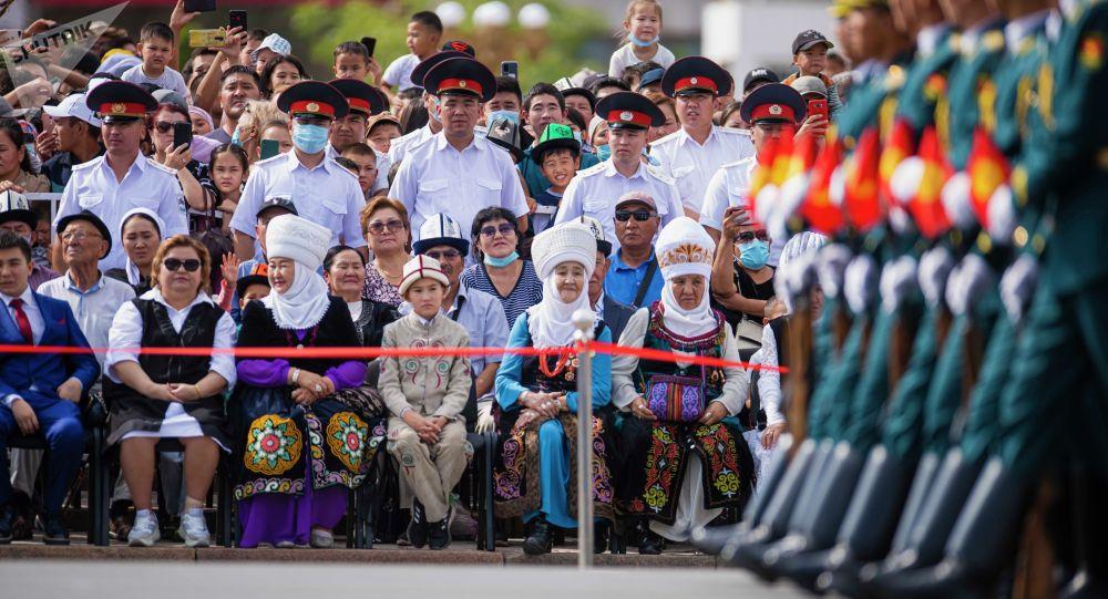 Бишкекте Кыргызстандын Эгемендүүлүк күнүн майрамдоо