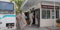 Передача 4 500 учебников военнослужащими военной базы Кант