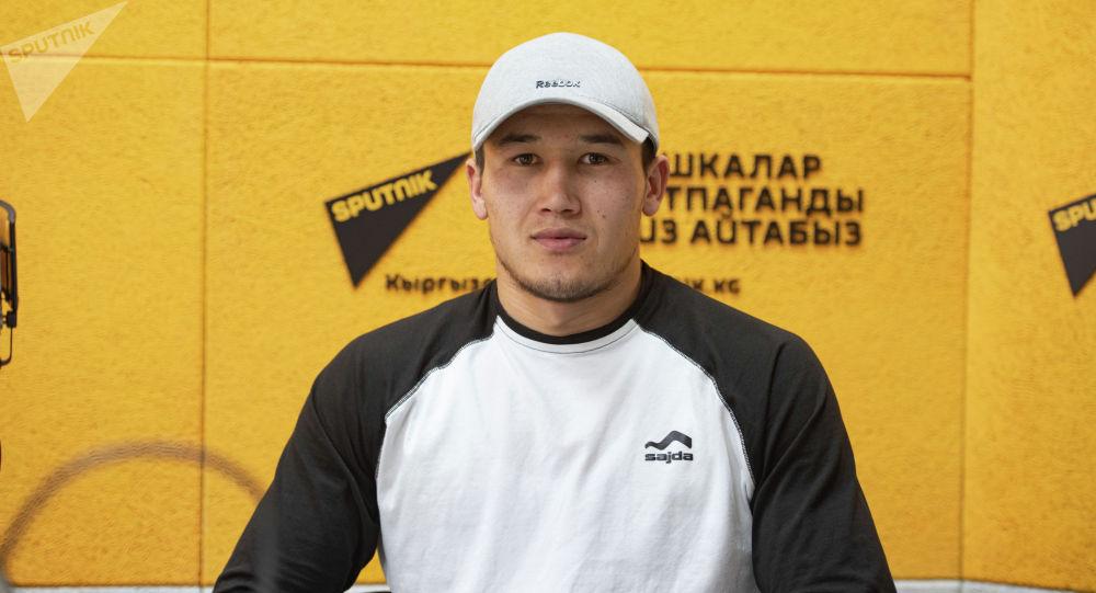 Бокс боюнча улуттук курама команданын мүчөсү Өмүрбек Бекжигит уулу