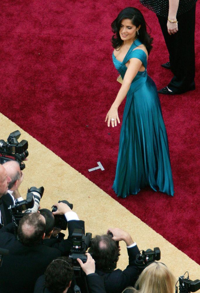 Сальма Хайек на кинопремии Оскар в 2006 году