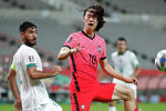 Футбол боюнча Түштүк Корея курама командасынын оюнчусу Ли Жэ Сон