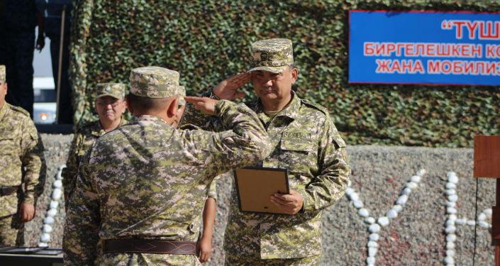 В Баткенской и Ошской областях завершили командно-штабные мобилизационные учения Юг-2021