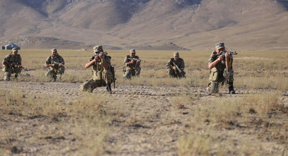 Военнослужащие во время командно-штабных мобилизационных учений Юг-2021 в Баткенской и Ошской областях