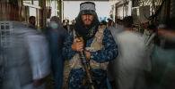 Кабулдагы базарда Талибан согушкери