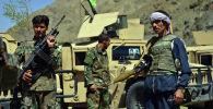 Ополченцы, верные Ахмаду Масуду с оружием в провинции Панджшер